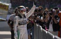 Поул - Гран-При Великобритании 2015