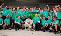 Кубок конструкторов у Mercedes
