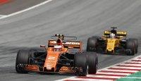 McLaren против Renault