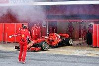 Густой дым из моторов Ф1 показался Уайтингу обычным делом