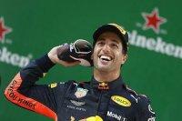 Росберг посоветовал Риккардо переходить в Ferrari