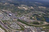 В Red Bull предсказали дефицит отелей на Гран При Голландии