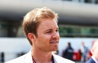 Почему Mercedes уступает Ferrari , версия Росберга